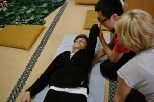 Stage Japon Silvia sur les thérapies par shiatsu